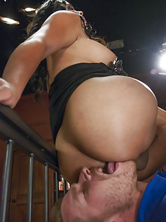 Shemale Ass Licking Pics