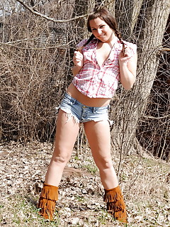 Shemale Outdoor Pics
