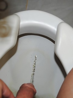 Shemale Pissing Pics